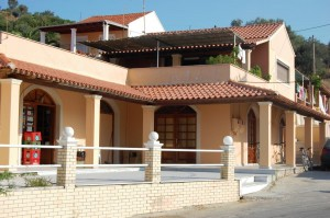 Dachstudio Patras auf Korfu