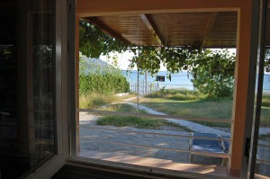 Blick auf das Meer vom Schlafzimmer im Ferienhaus Eleni