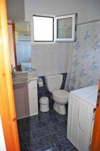 Badezimmer im Haus Angeliki & Irini