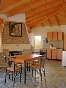 Küchen- und Essbereich im Ferienhaus Nikolas