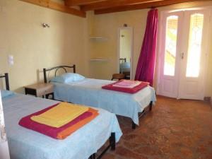 Schlafzimmerbeispiel 1 Ferienhaus Hamre in Agios Georgios