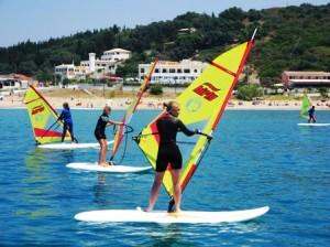 Surfen lernen beim Surfkurs auf Korfu