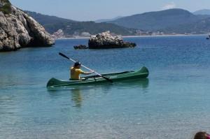 Kanu fahren zur Zwillingsbucht in Agios Georgios