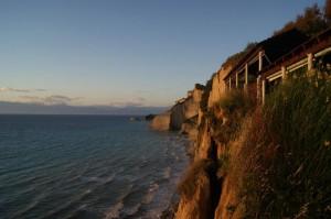 Steilküste Korfus zum Sonnenuntergang