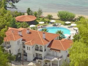 Rückansicht Hotel Lily Ann Beach auf Sithonia