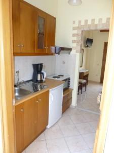 Küchenzeile im Appartement Katherina in Agios Georgios