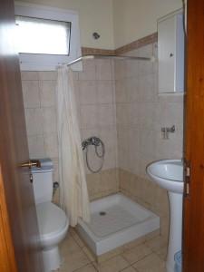 Badezimmerbeispiel Haus Stefanos auf Korfu