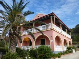 Palmen vor dem Haus Stefanos auf Korfu