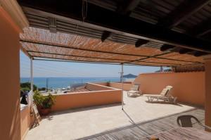 Große Terrasse mit tollem Meerblick im Haus Patras